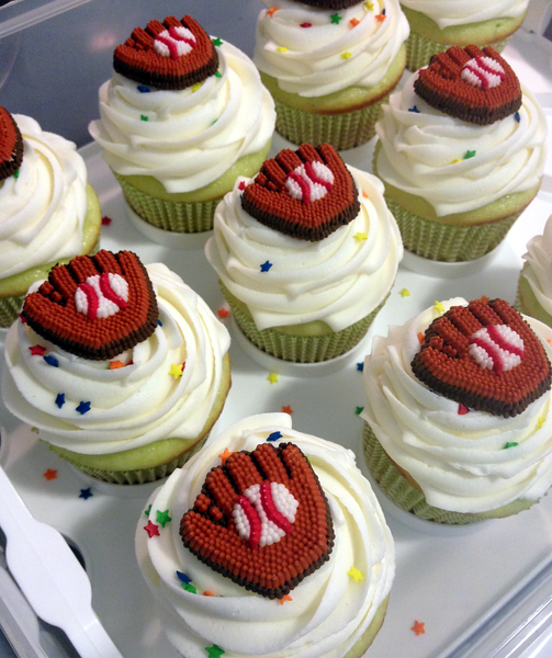 Baseball birthday cupcakes