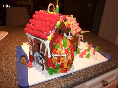 2010 12 12-Gingerbread House 002