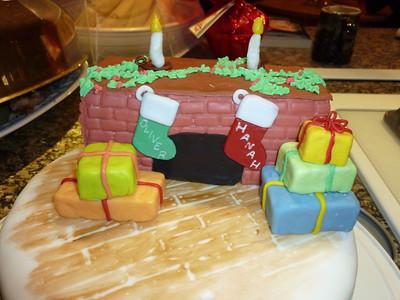 2010 12 25-Christmas Cake 023
