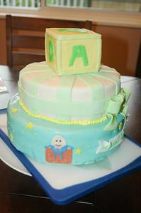 2011 04 10-Baby Shower Cake 004