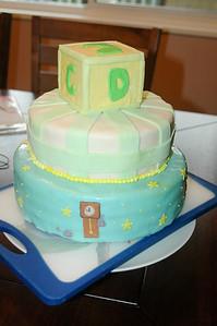 2011 04 10-Baby Shower Cake 003