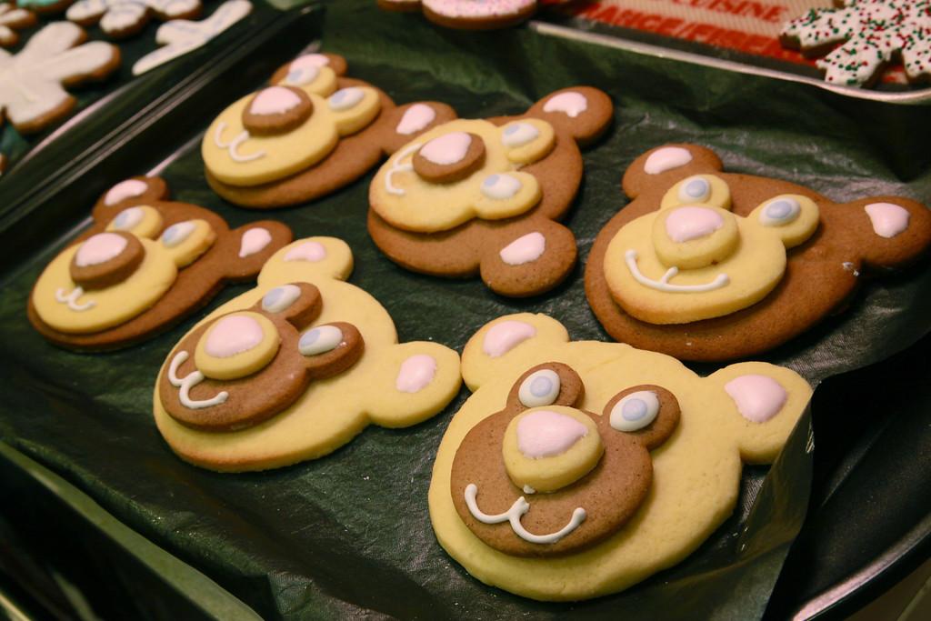 3D gingerbread and sugar cookie teddybears