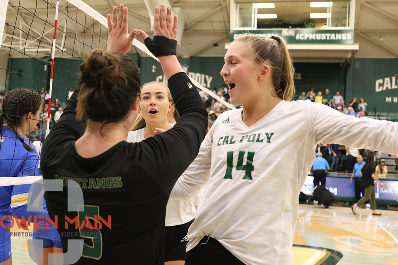 #22 Cal Poly hosted #9UCLA at Mott Athletics Center in San Luis Obispo. 9/6/188:56:41 PM <br /> <br /> Photo by Owen Main