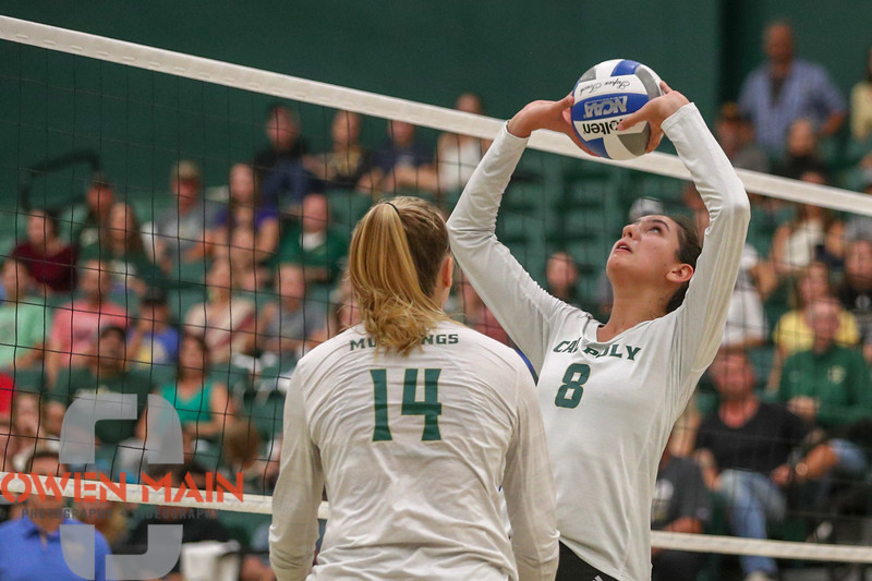 #22 Cal Poly hosted #9UCLA at Mott Athletics Center in San Luis Obispo. 9/6/186:55:30 PM <br /> <br /> Photo by Owen Main