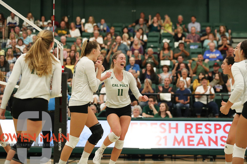 #22 Cal Poly hosted #9UCLA at Mott Athletics Center in San Luis Obispo. 9/6/187:52:38 PM <br /> <br /> Photo by Owen Main
