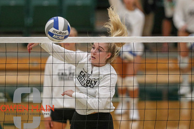 #22 Cal Poly hosted #9UCLA at Mott Athletics Center in San Luis Obispo. 9/6/185:45:24 PM   Photo by Owen Main