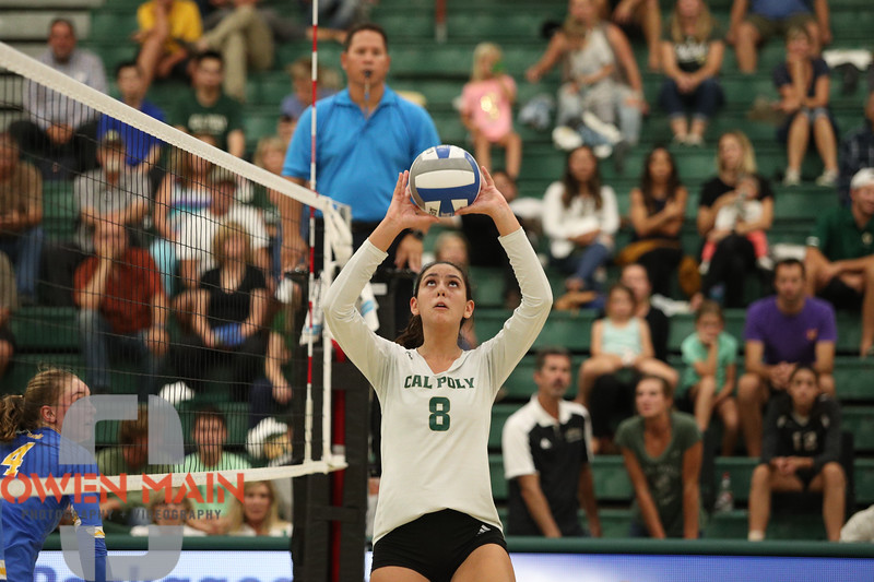 #22 Cal Poly hosted #9UCLA at Mott Athletics Center in San Luis Obispo. 9/6/187:12:29 PM <br /> <br /> Photo by Owen Main