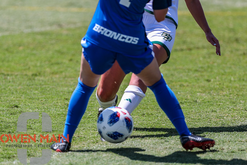 Cal Poly Women's Soccer played Boise State at Alex G. Spanos Stadium. 8/26/1811:24:34 AM <br /> <br /> Photo by Owen Main