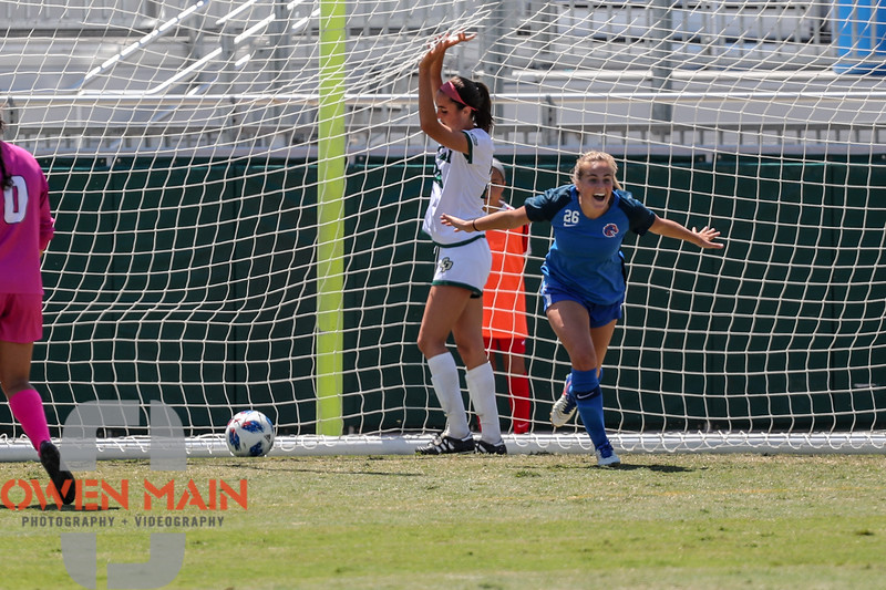 Cal Poly Women's Soccer played Boise State at Alex G. Spanos Stadium. 8/26/1811:23:56 AM <br /> <br /> Photo by Owen Main