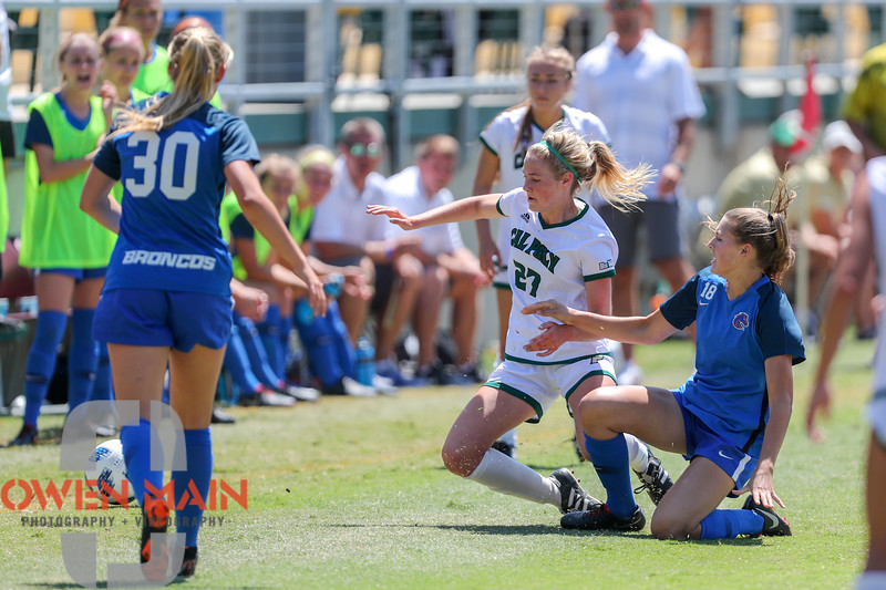 Cal Poly Women's Soccer played Boise State at Alex G. Spanos Stadium. 8/26/1811:47:58 AM <br /> <br /> Photo by Owen Main