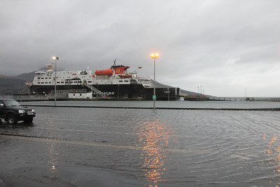 MV Clansman at Brodick Pier and flooded car marshalling area. 3 January 2014