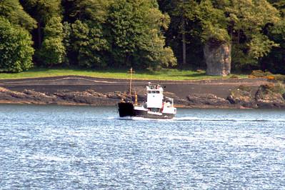 20100605 - 11 MV Eigg heading to Lismore - Img_2345