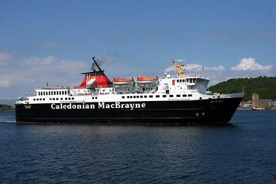 20100605 - 04 MV Isle of Mull approaching Oban Pier - Img_2303