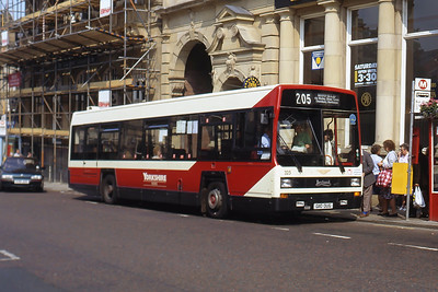 Yorkshire Woollen 325 Queen St Morley Sep 91