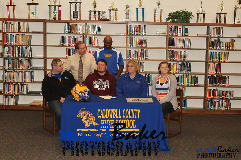 2013 Cole Signs to Play Football_0014