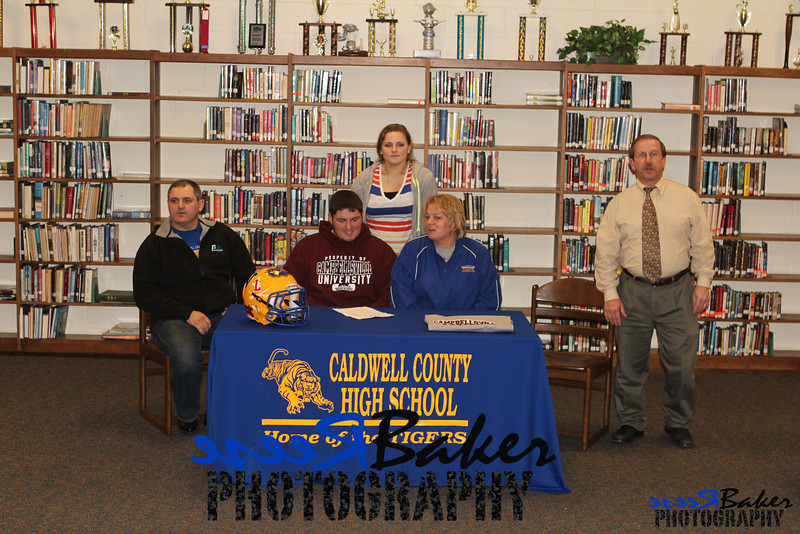 2013 Cole Signs to Play Football_0013