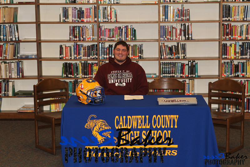 2013 Cole Signs to Play Football_0009