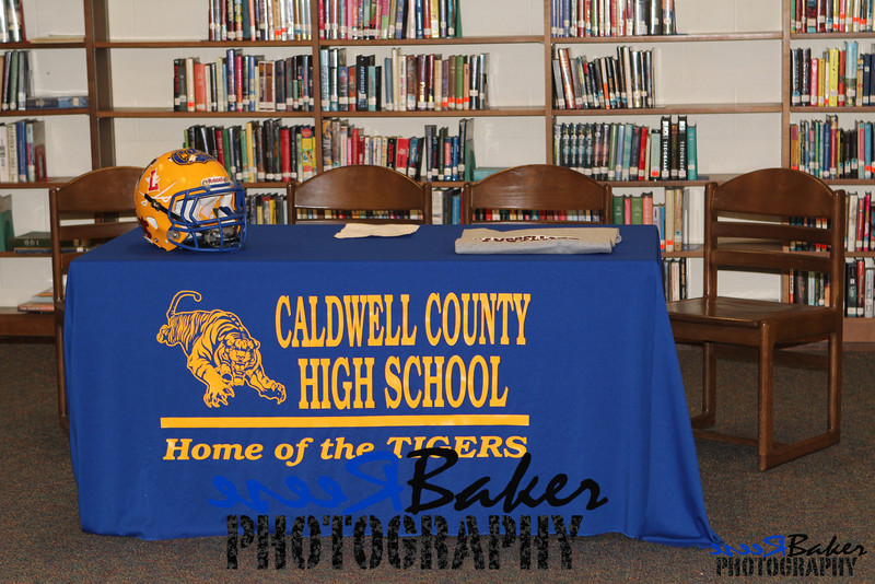 2013 Cole Signs to Play Football_0001