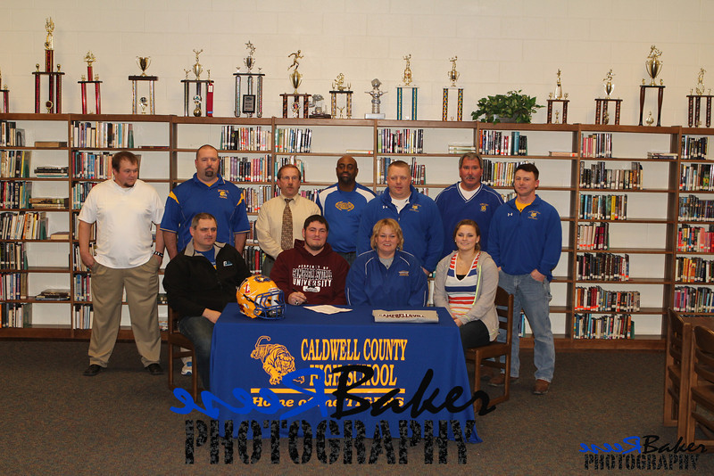 2013 Cole Signs to Play Football_0017
