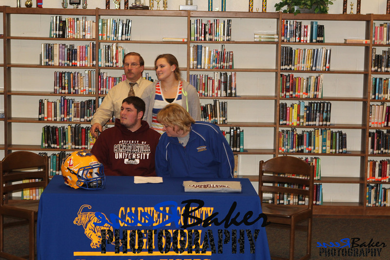 2013 Cole Signs to Play Football_0011