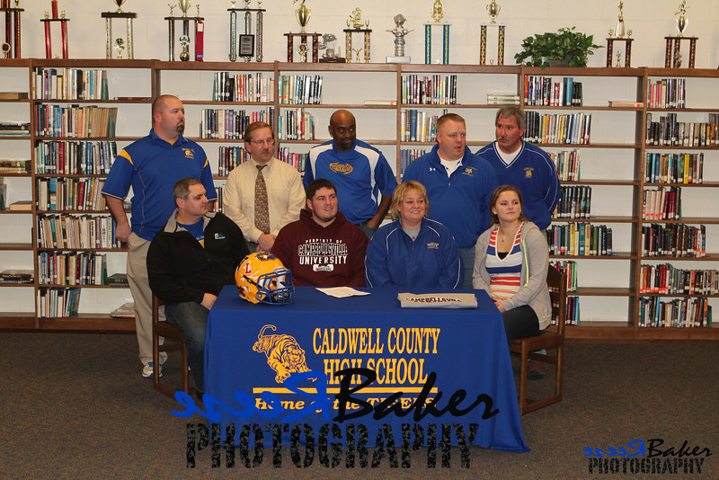 2013 Cole Signs to Play Football_0015