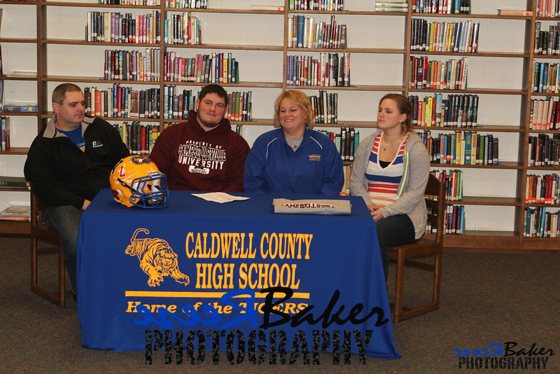 2013 Cole Signs to Play Football_0024