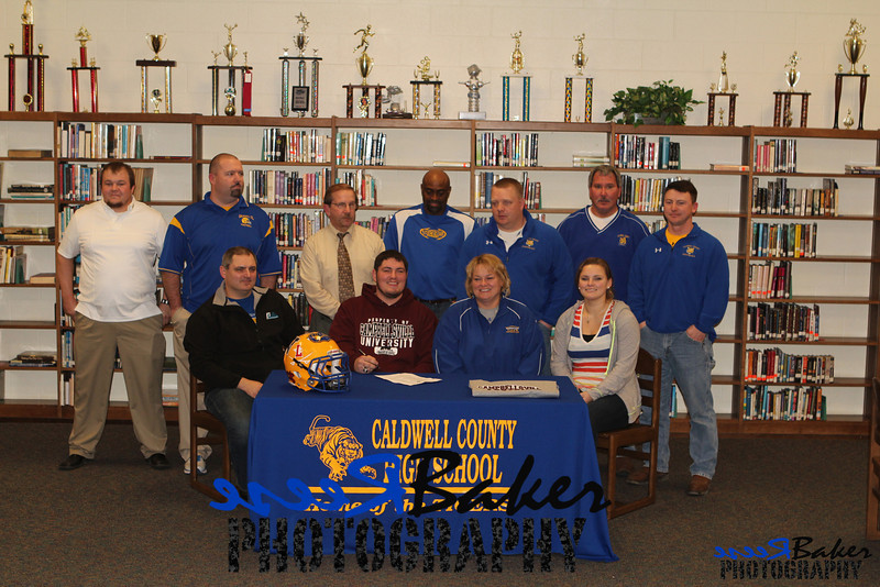 2013 Cole Signs to Play Football_0016