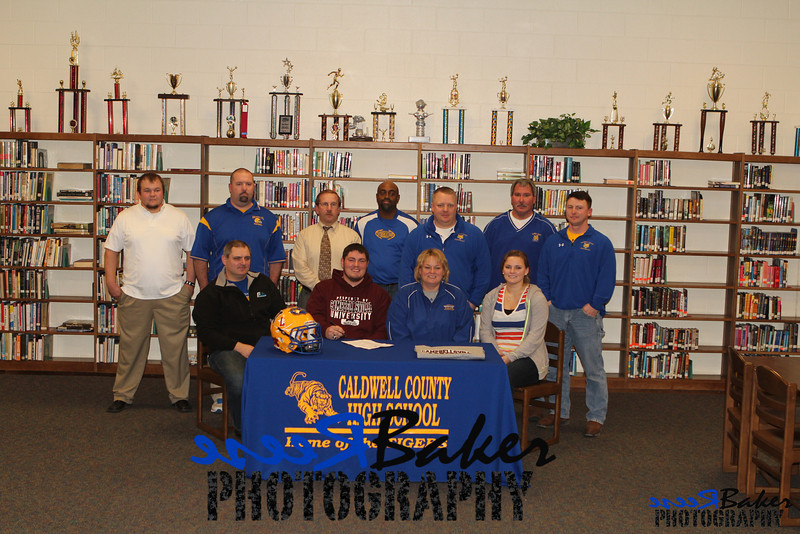 2013 Cole Signs to Play Football_0018