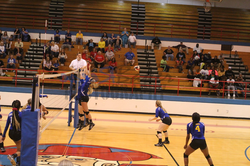 2014 Caldwell Volleyball443