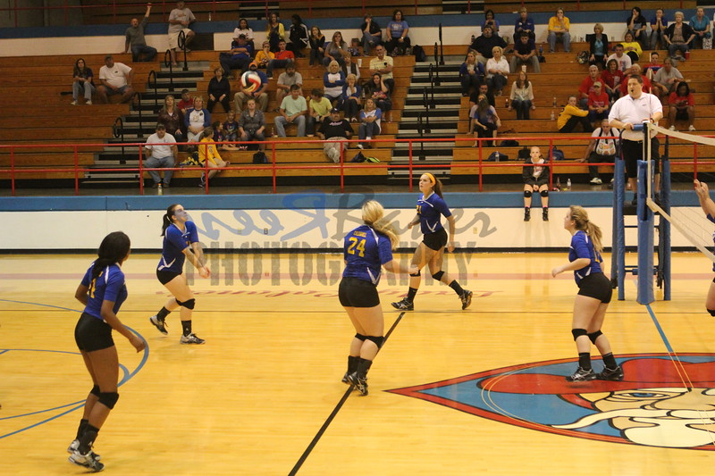 2014 Caldwell Volleyball417