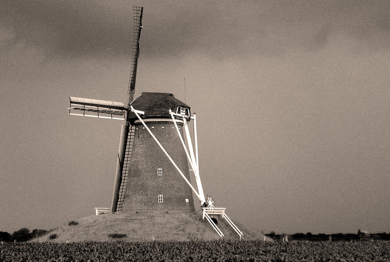 DUTCH WINDMILL, HOLLAND