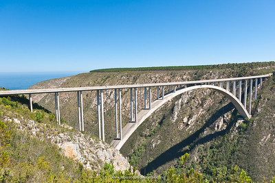 Bloukrans River Bridge, home  to the highest bungee (bungy) jump in the world. Eastern Cape / Western Cape. South Africa