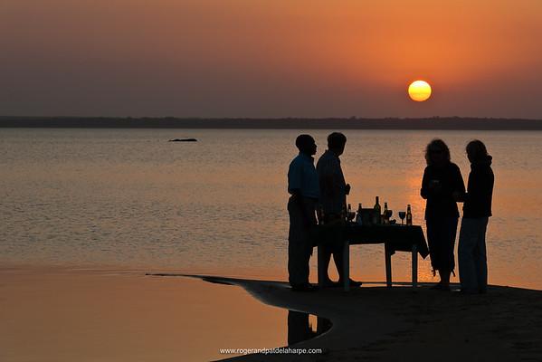 Tourists having sundoweners at Lake Sibaya while staying at Thonga Beach Lodge. Mabibi. Maputaland. KwaZulu Natal. South Africa