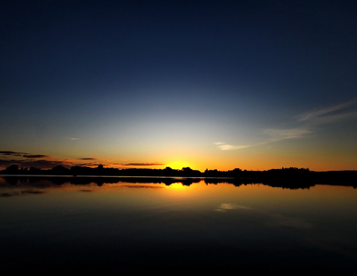 1Cover_9529xx_Avon_sunset2