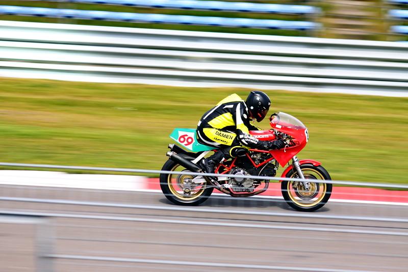11_Oct_IMG_8092_Ducati_bike