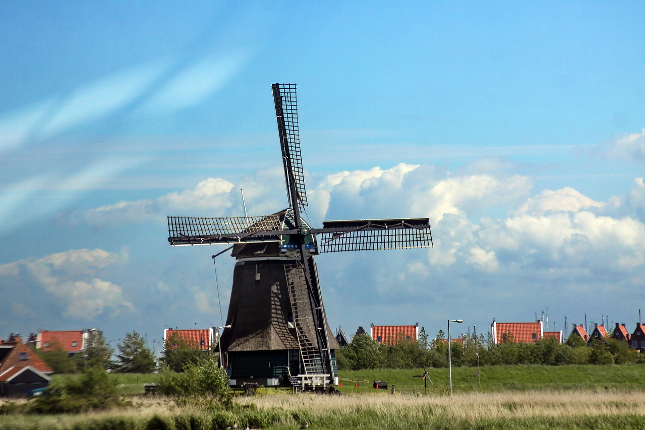 1_Cover_IMG_7138_calendar_Volendam_windmill