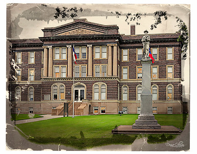 Mills County Courthouse 1