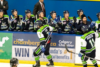 Calgary Canucks host Drumheller Dragons, Sun, Dec 1, 2019