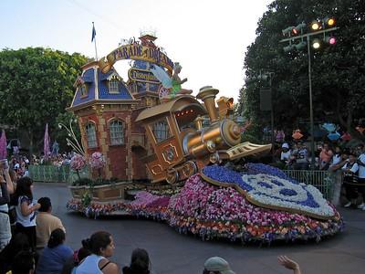 Disneyland's Parade of Dreams (2005)