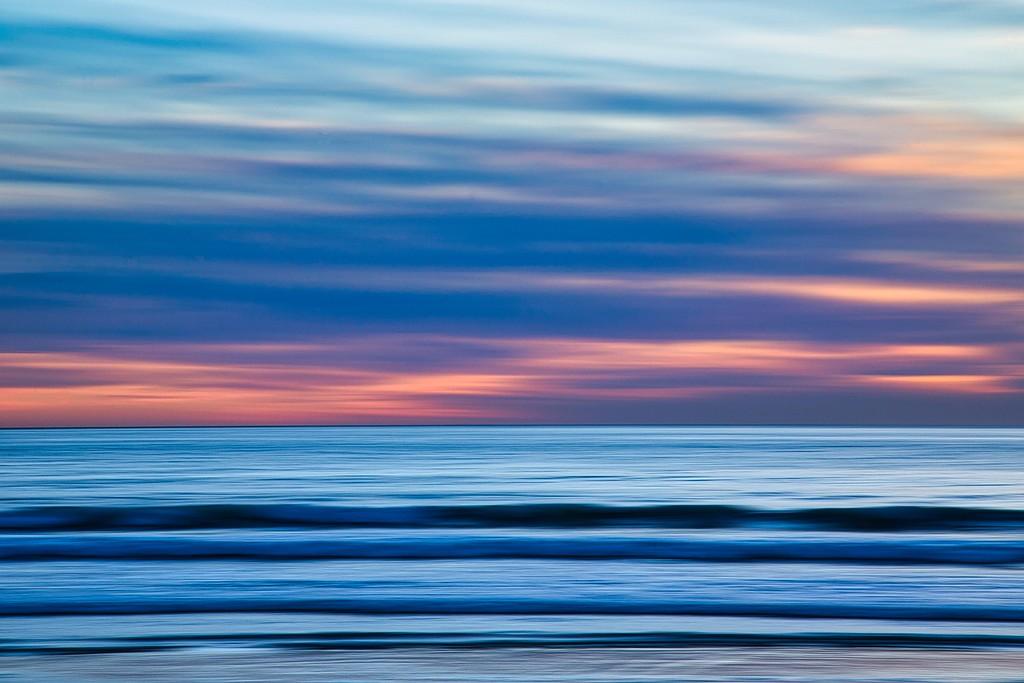 IMAGE: https://photos.smugmug.com/California-201920/i-895swNS/0/87e43331/XL/Beach%20Panning%20Abstract%20Coronado-XL.jpg