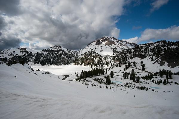 Cascade Mountains; Lassen Volcanic National Park; lassen peak; vulcan