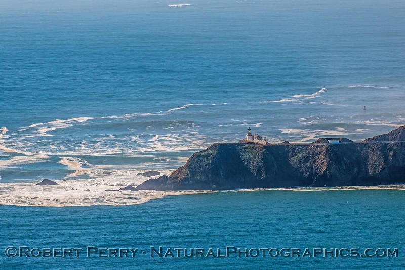Point Bonita Lighthouse 2016 11-09 Marin Headlands--014