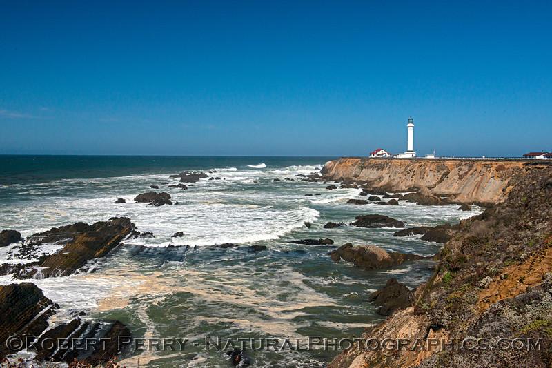 Lighthouse-wide-2021 09-28 Pt Arena--010