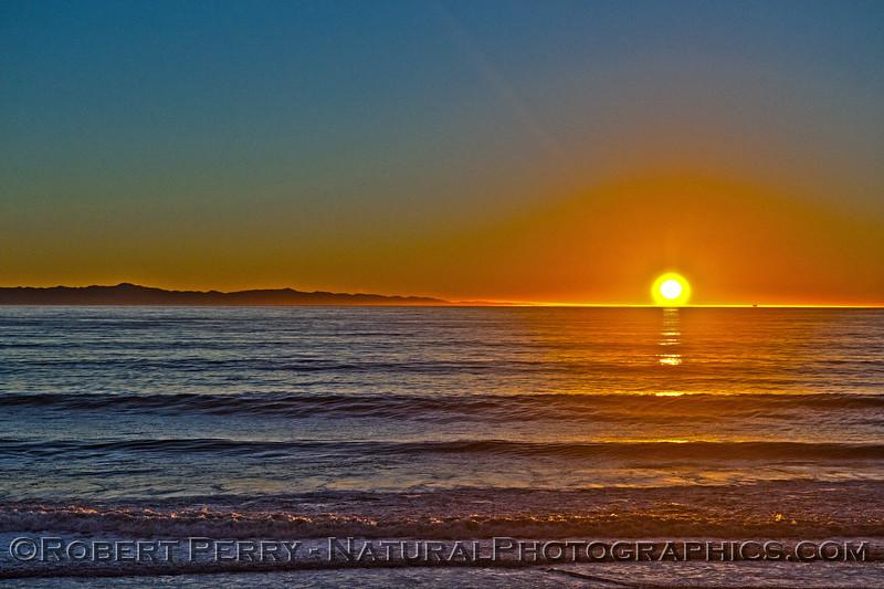 sunset waves Sta Cruz Island in back 2014 12-22 Mussel Shoals-a-015