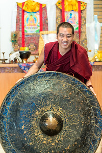 While in the United States, the monks found a gong to replace one that broke four years ago in their temple in India.