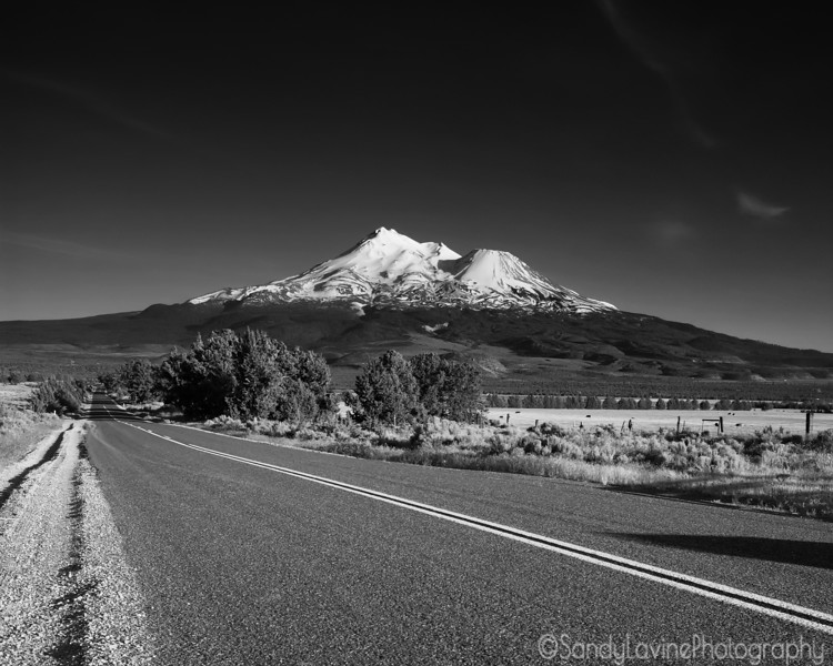 Road to Mt Shasta