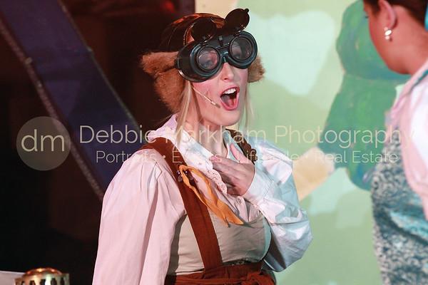 DebbieMarkhamPhoto-High School Play Beauty and the Beast210_