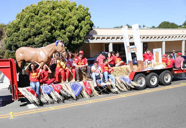 10-5-18 Homecoming Parade-5495