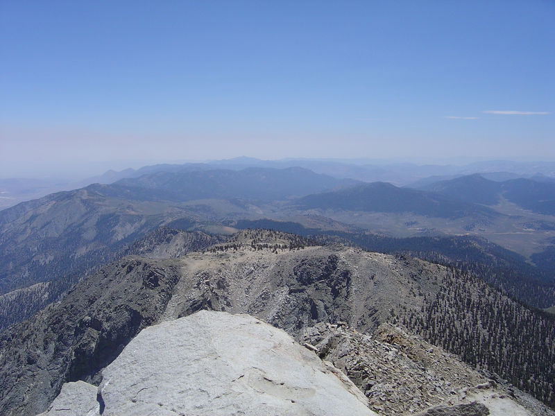 Looking south from the summit (July 14, 2005).
