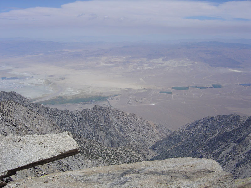 Looking east with  the community of Olancha below (July 14, 2005).